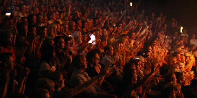 Adoring audience - Glynn Nicholas